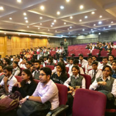 FI-One-Day-Workshop-on-UML-and-Designing-2-300×300